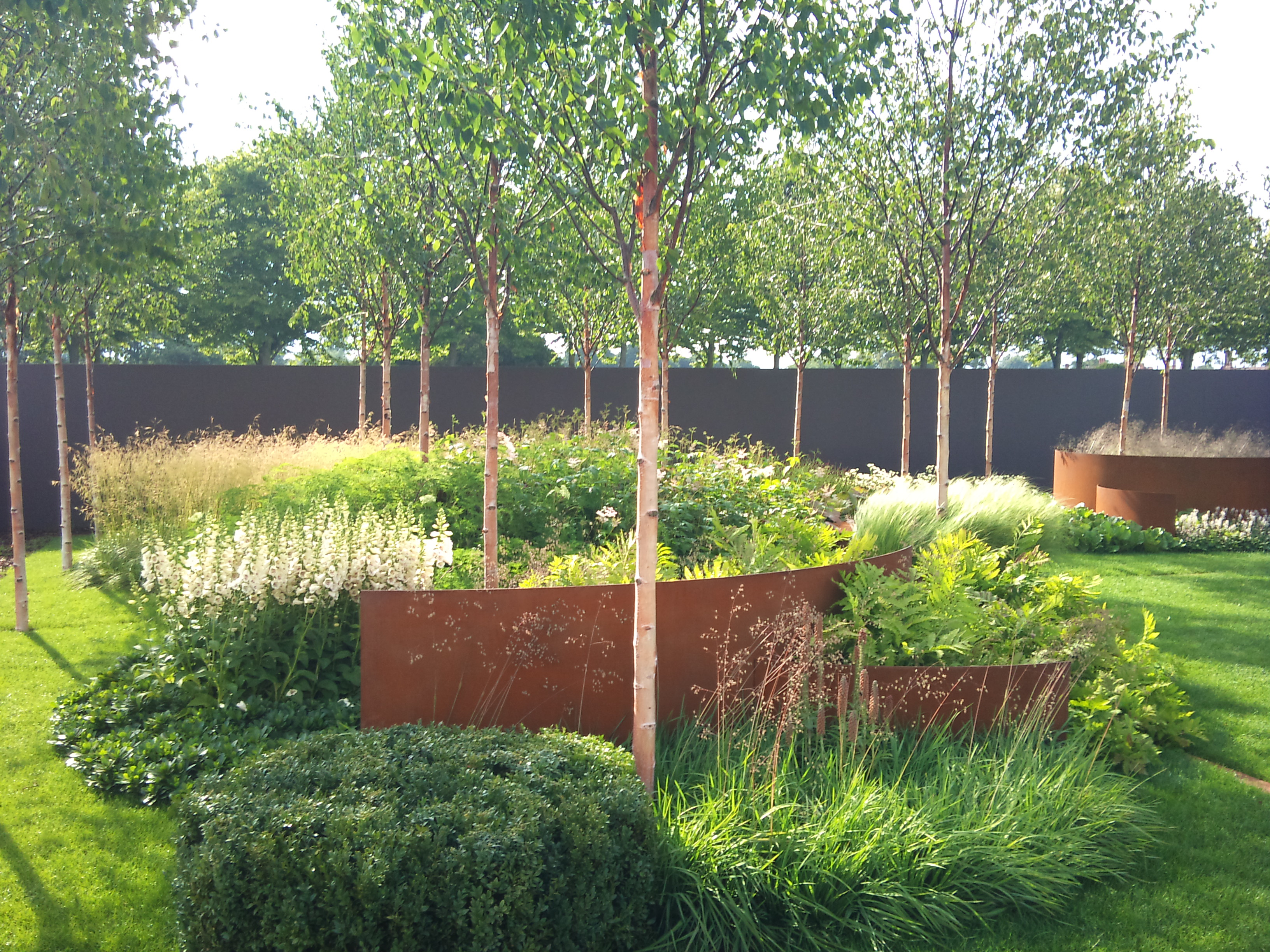 Piet oudolf garden design eye for Backyard planting designs